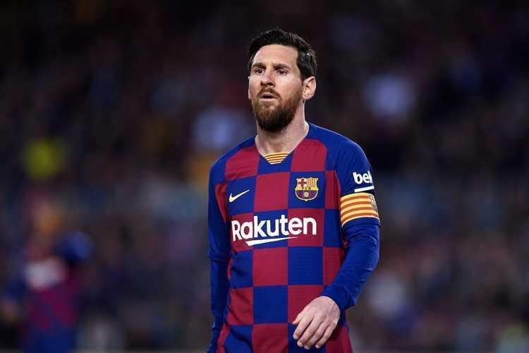 مسی خواستار ترک بارسلونا شد