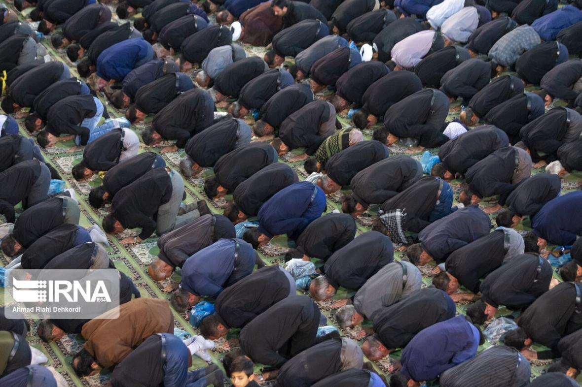 خبرنگاران مراسم نماز ظهر عاشورا در زنجان برگزار نمی گردد