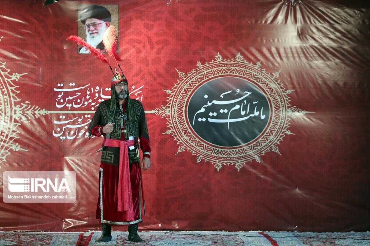 خبرنگاران مراسم عزاداری شب عاشورای حسینی در ورزشگاه امام رضا (ع) مشهد