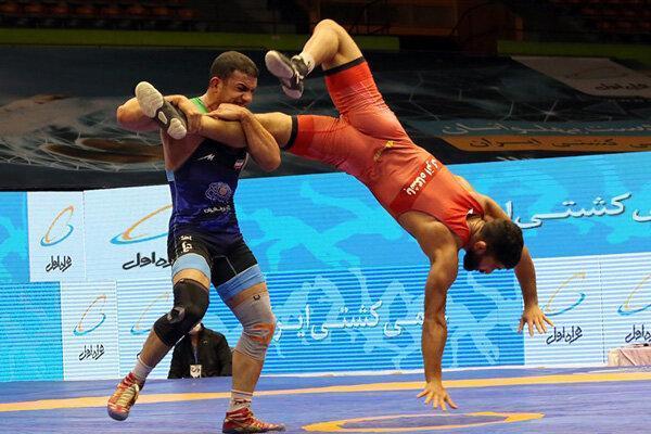 پیروزی قاطع تیم دانشگاه آزاد برابر فرش ایران