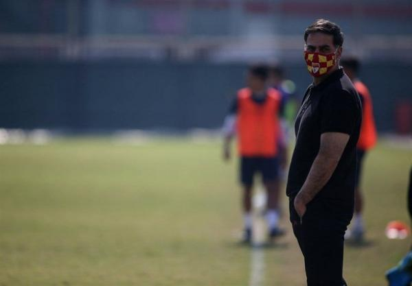 آذری: اگر فدراسیون قرار بود پنجره مان را باز کند، چرا آن را بست؟، بازی با استقلال درس بزرگی برای بازیکنان ماست