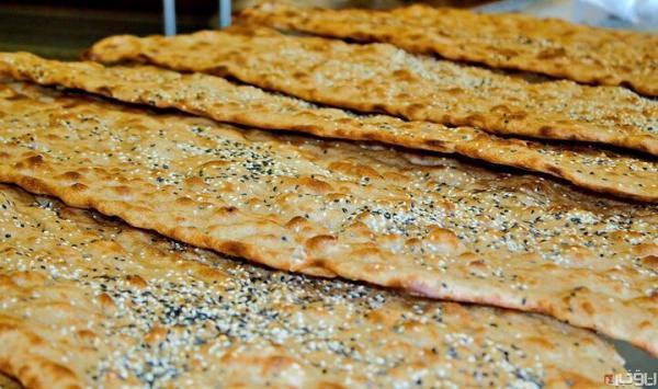 پابرجا: نان سنگک گران نشده، قیمت هر قرص نان با آرد دولتی هزار و 800 تومان